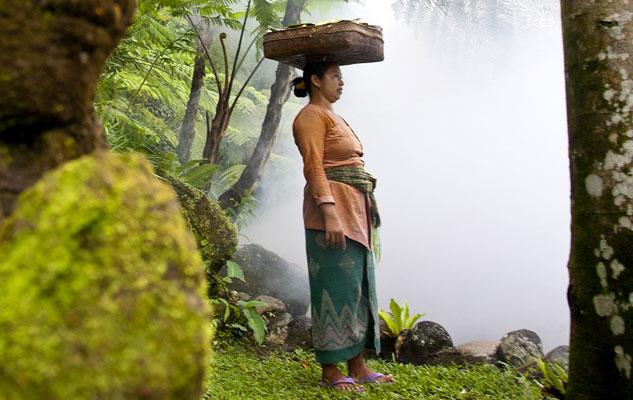 women-in-bali-2017