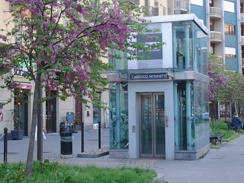 Metro piazza Carducci 2